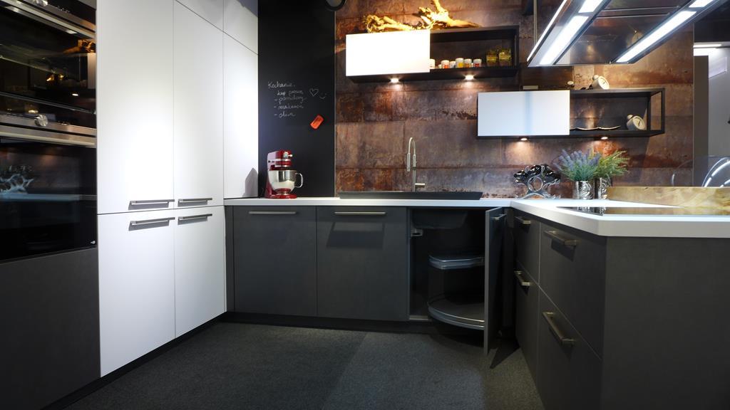 Kuchnia W Loftowym Stylu Kolekcja Metal Nolte Küchen Interio