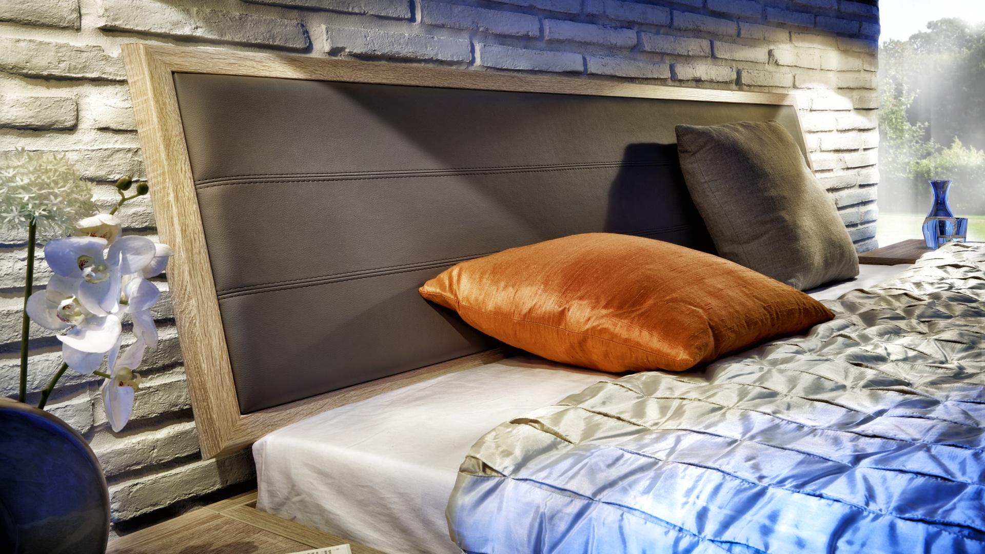 zagłówek eleganckiego łóżka
