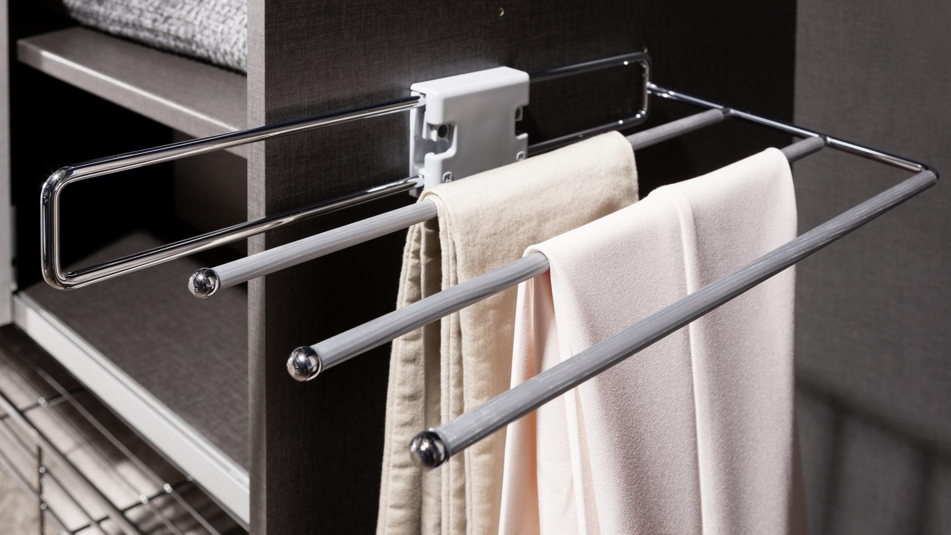 funkcjonalny wieszak na ręczniki