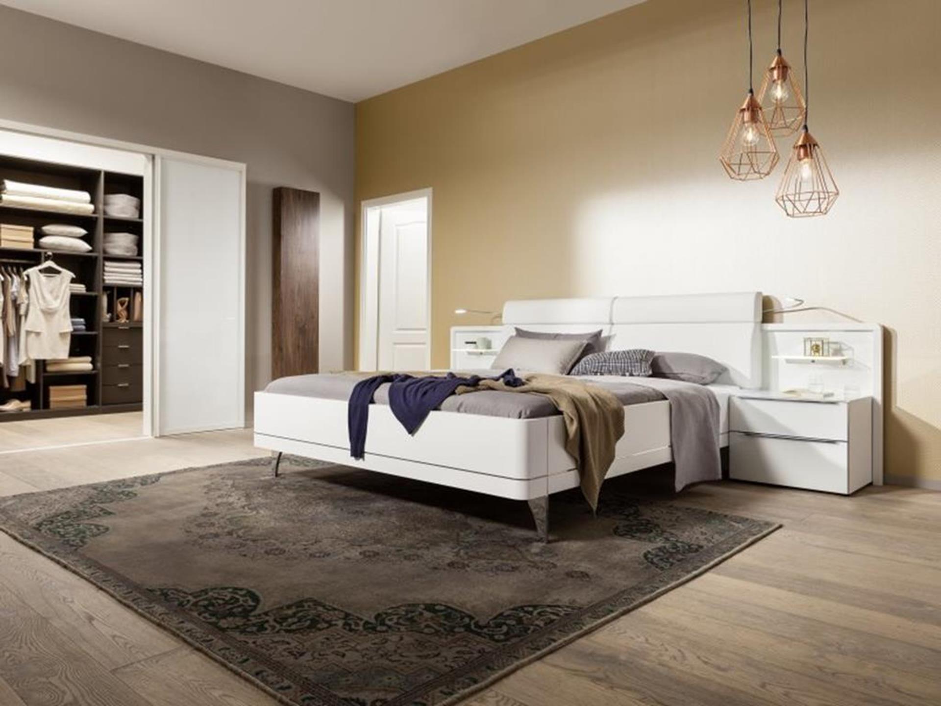 elegancka sypialnia z łóżkiem bahia