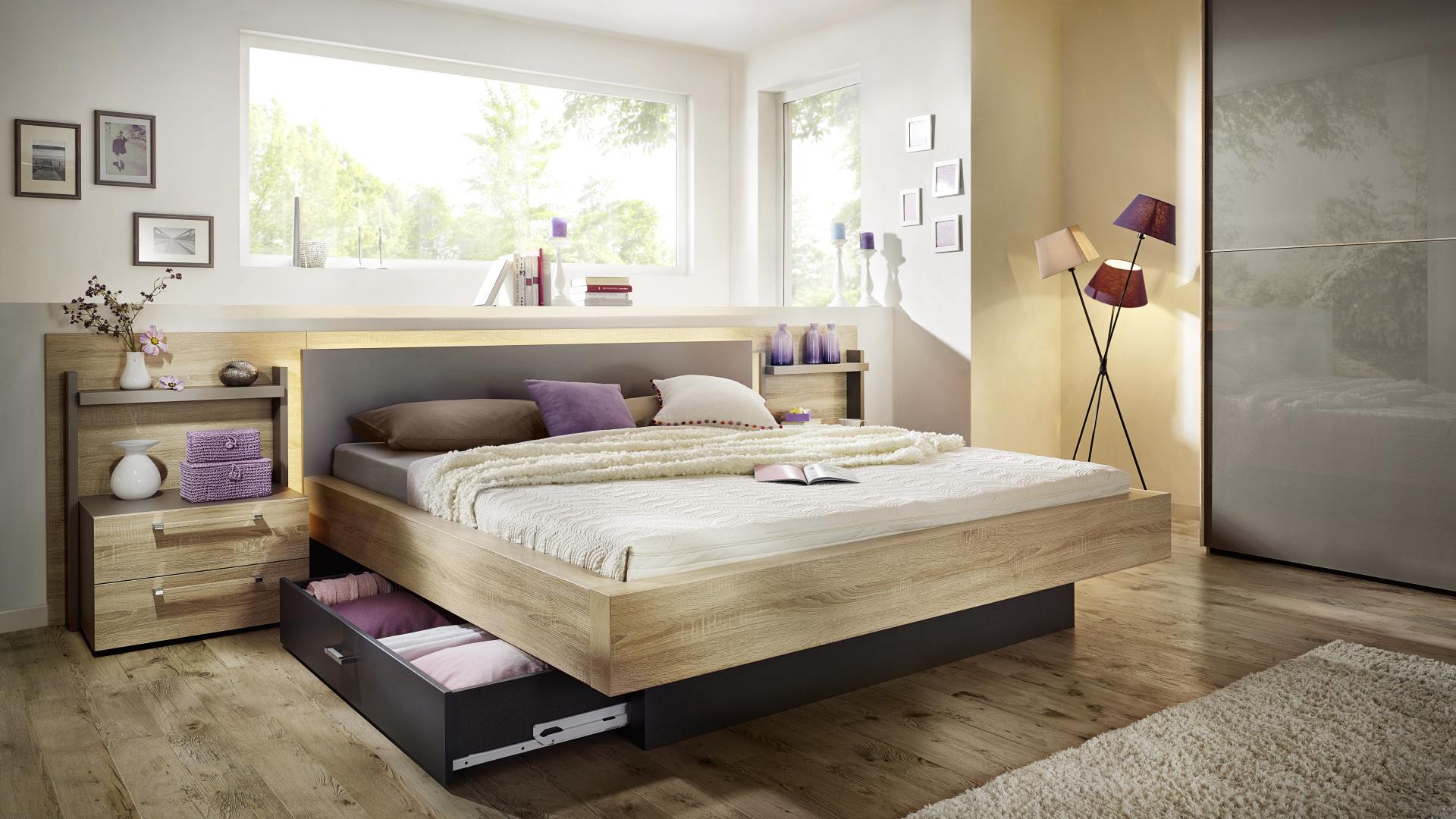 łóżko drewniane wyprodukowane w niemczech