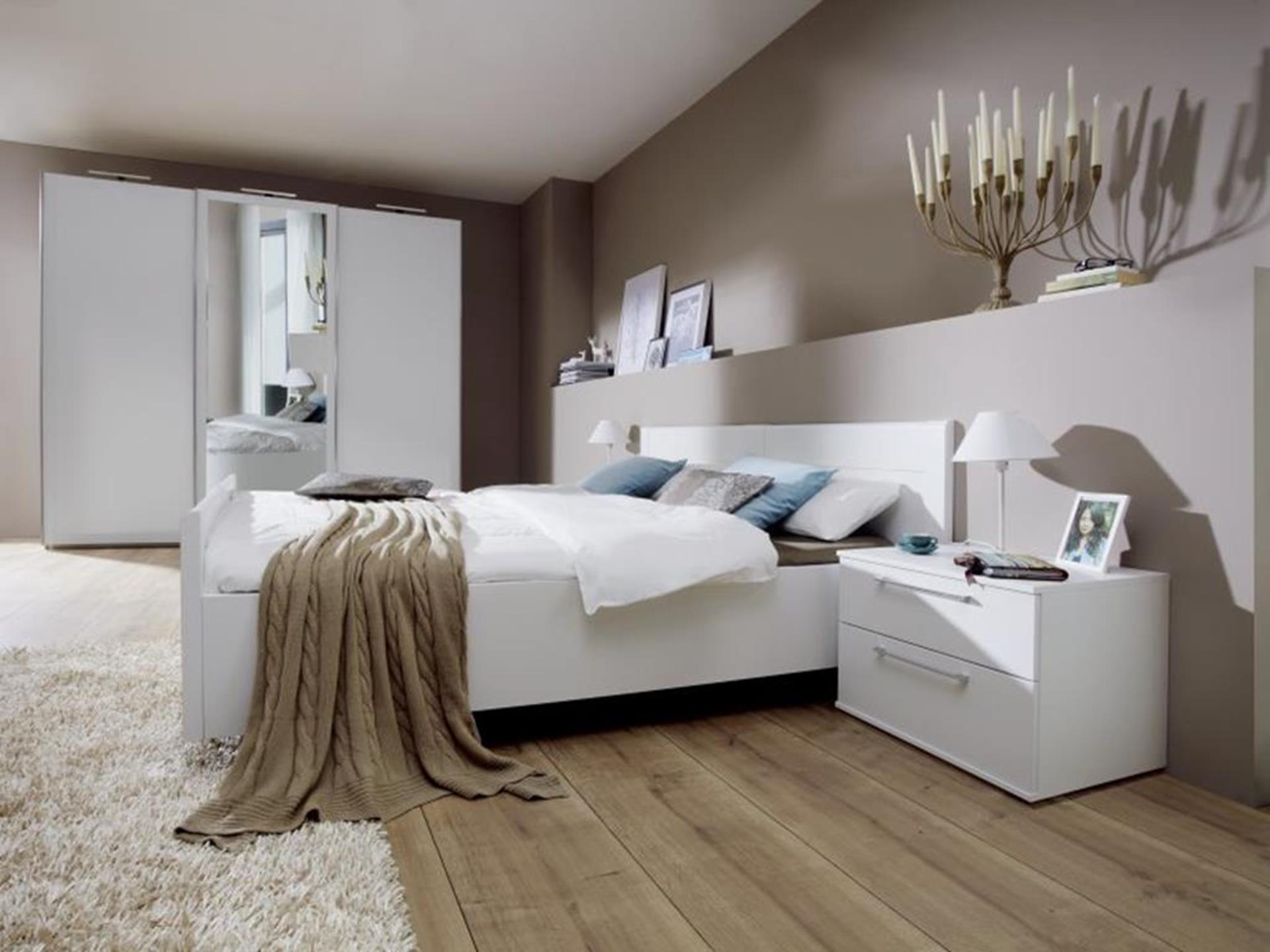 meble w sypialni niemieckiej produkcji wysokiej jakości