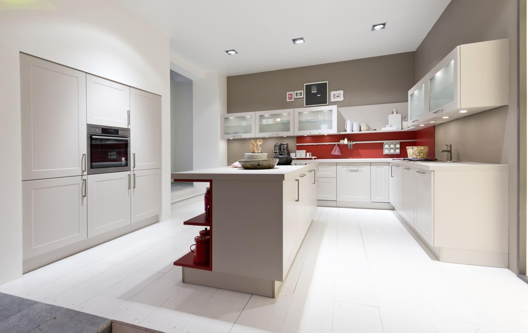 kremowa kuchnia z ramką nolte kuchen model frame lack