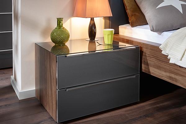 szafka nocna do nowoczesnej sypialni