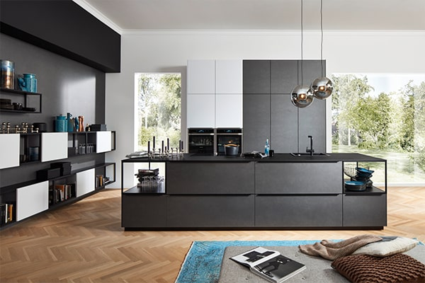 niemieckie kuchnie ze stalowymi elementami w warszawie