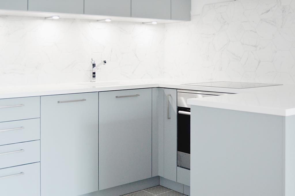 Mała Kuchnia W Bloku ładne I Funkcjonalnie Urządzone 4m²